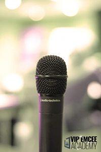 emcee dan mikrofon
